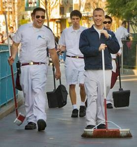 disney-cleaning-crew-billbergh-com